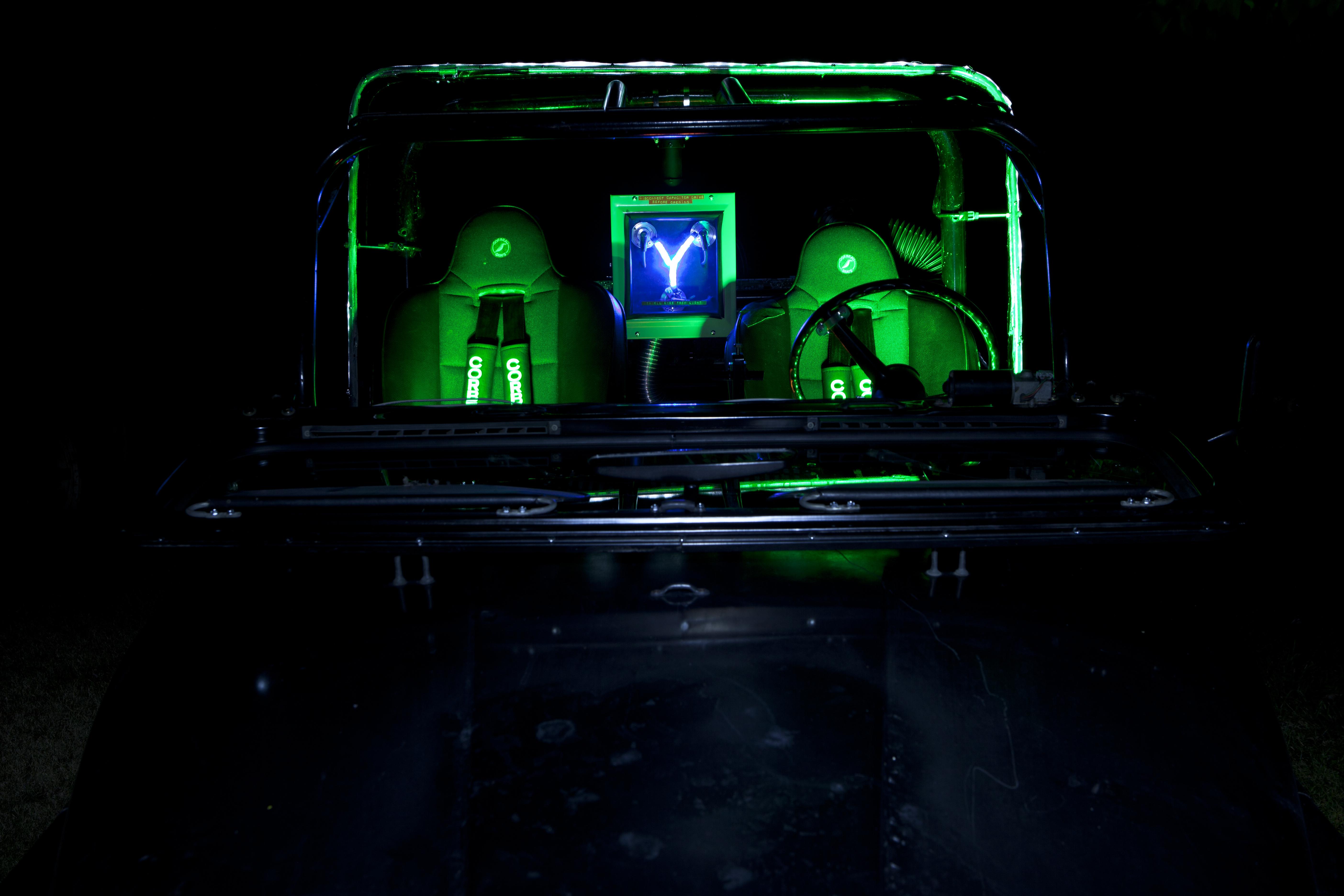 Jeep-Interior-Front.jpg