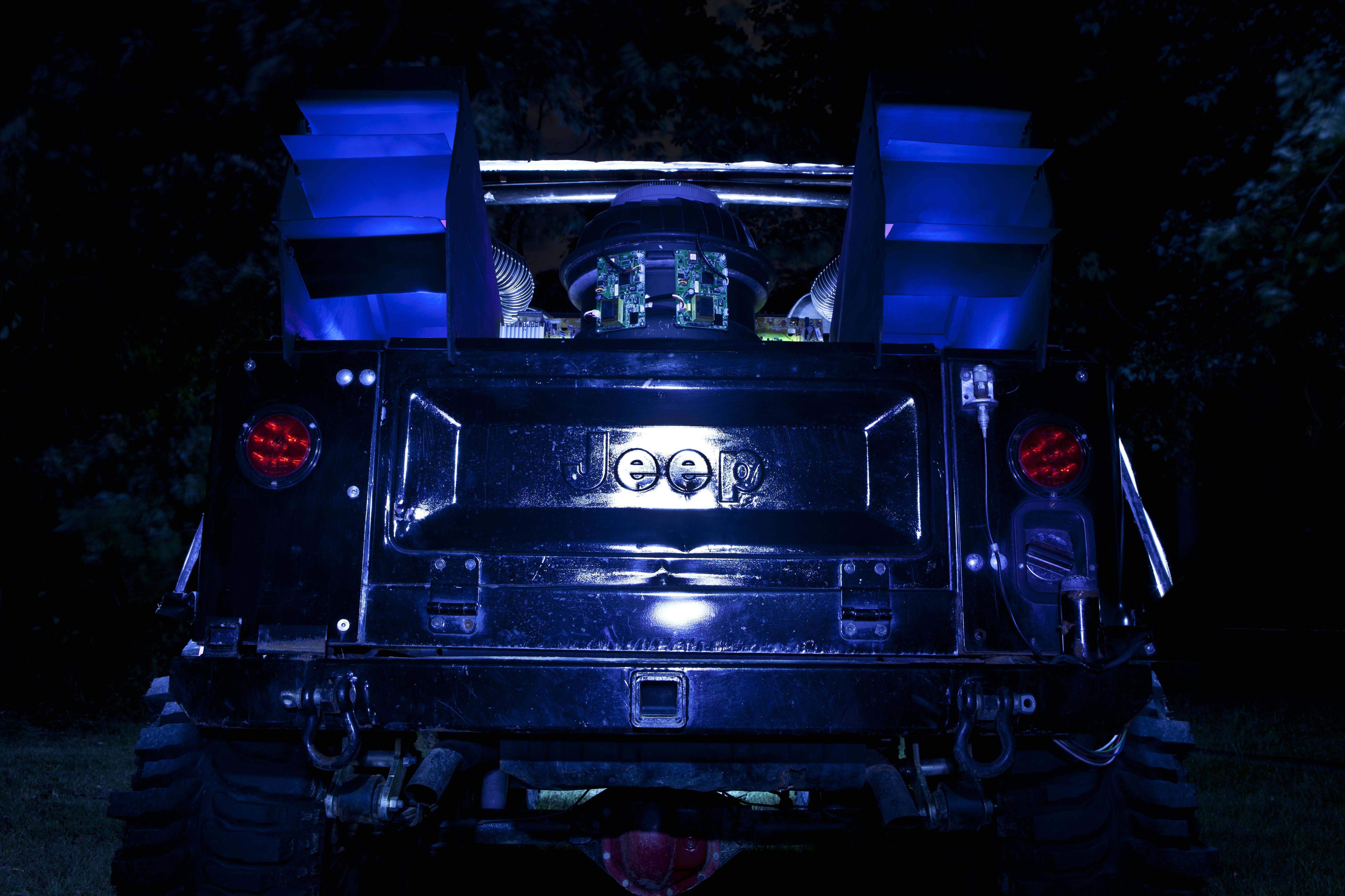 Jeep-Rear-Low.jpg